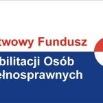 Obrazek przedstawia logo PFRONu - napis Państwowy Fundusz Rehabilitacji Osób Niepełnosprawnych, po prawej znajduje się kółko.
