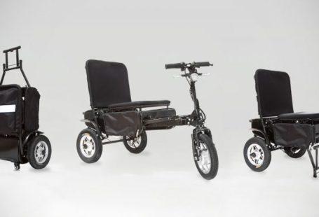 Na zdjęciu znajduje się wielofunkcyjny wózek inwalidzki Efoldi, w trzech wersjach: jako walizka, skuter oraz krzesło.