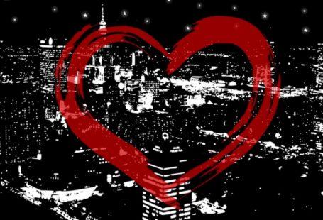 """Jest to obrazek, który widoczny jest podczas odtwarzania utworu zamieszczonego na youtubie """"nie było miejsca dla Ciebie"""", wykonanego przez braci Wiśniewskich. Obrazek ten przedsawia czerwone kontury serca, wyglądającego jakby namalowano je pędzlem na tle panoramy Warszawy nocą, również wygladającej jak malowidło."""