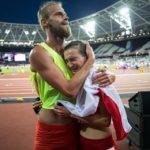 MŚ Londyn 2017, michał i joanna przytuleni po biegu