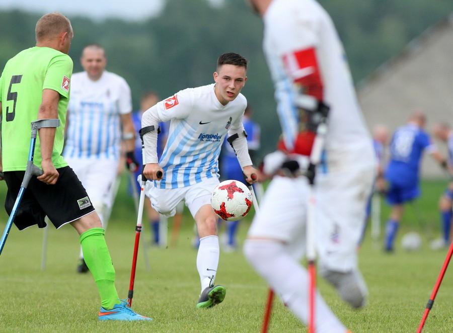 Krystian-Kapłon-najlepszy-zawodnik-II-turnieju-Amp-Futbol-Ekstraklasa-2018