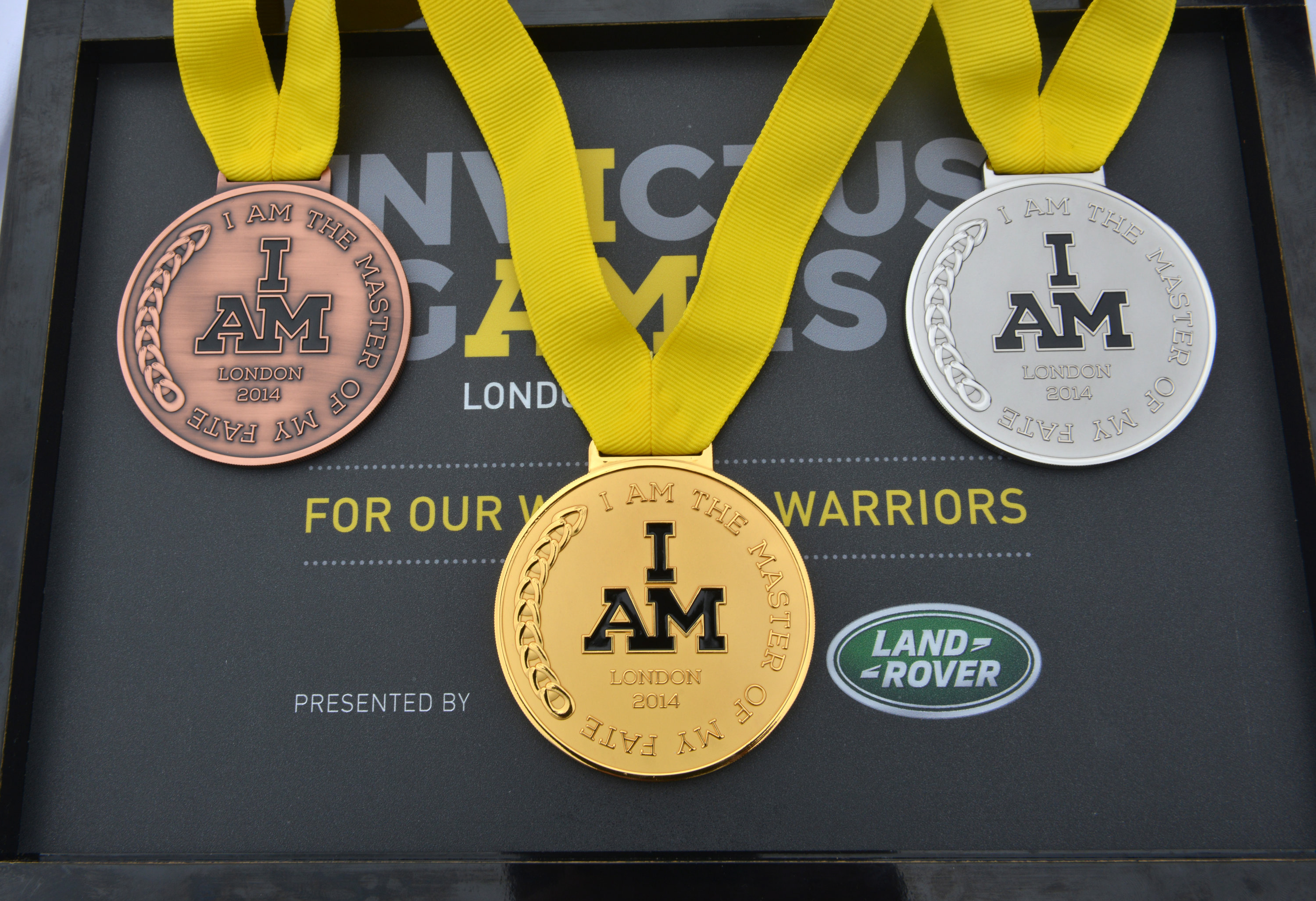 Złoty, srebrny i brązowy medal, z jednej z dyscyplin na Invictus Games in 2014. The first ever Invictus Games z Londynu 2014
